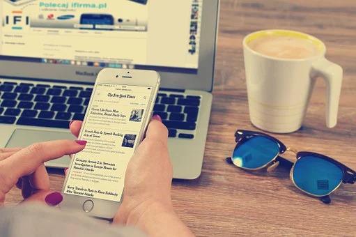 Uutisia luetaan yhä useammin älypuhelimella.